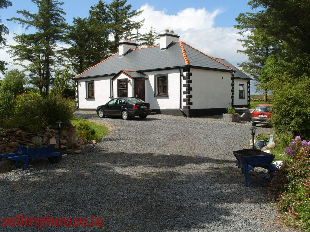 Lakeside Cottage At Killawalla East